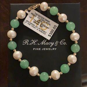 Jewelry - 14k gold cultured pearl jade bracelet
